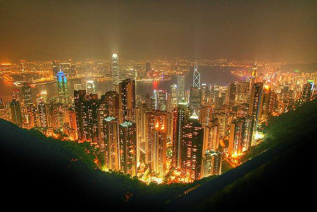 ギネス世界記録に登録!香港の「夜景」がすごい
