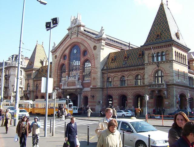 ハンガリー「ブダペストの中央市場」が楽しすぎる!