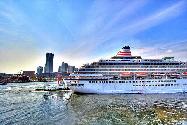 世界への船旅に思いを馳せる、横浜大桟橋