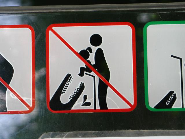 スイスにはナンパ禁止の看板がある?!世界の「おもしろい看板」の旅