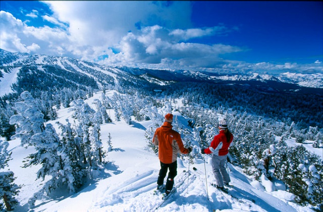 冬こそがベストシーズン!世界のウィンターバケーションスポット