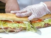 ニューヨーク警官、消防士御用達!特大サンドイッチ 「THE BOMB」