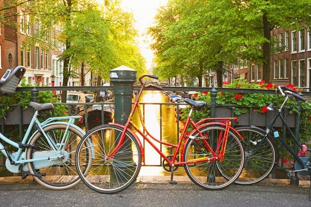 自転車の 自転車法律改正 2013 : 歩行者よりサイクリストが優先 ...