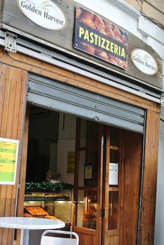 地中海沿岸で味わう、マルタのストリートフード