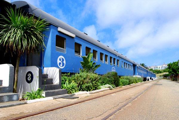 海に面した列車ホテル!アフリカ最南端のビーチで冬を過ごす