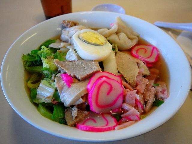 ハワイの麺料理「サイミン」が日本人好みになってきたらしい