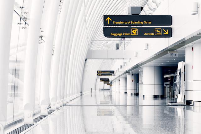 最も感染の危険が高いところは?空港、機内「菌が多い場所ランキング」