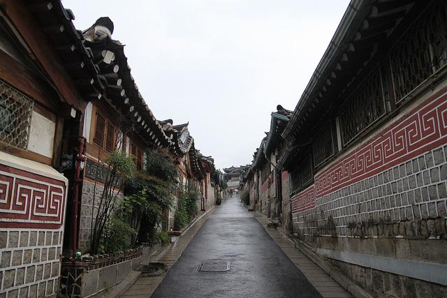 韓国の武家屋敷街!?古い街並みの残る「北村(プッチョン)」歩き