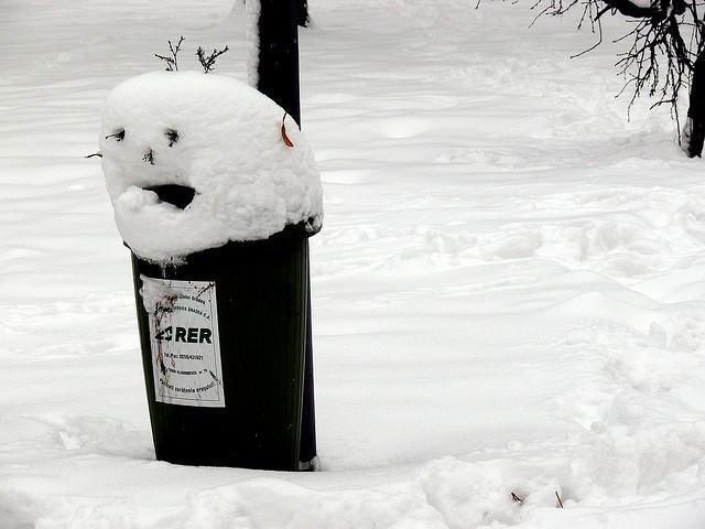 海外のちょっと気になる雪だるま、集めてみました