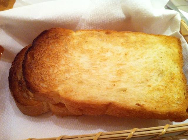 【巷は食パン旋風】高級ホテルのトーストを勇気をもってランキング!