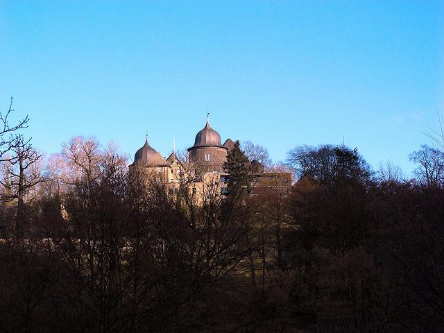おとぎの世界へ!グリム童話の舞台になった「ドイツの古城ホテル」2つ