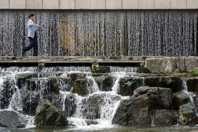 【現地レポート】ソウルの中心地「清渓川」でロマンチック散策
