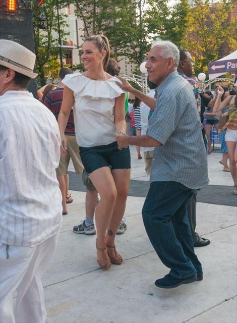 ダンス未経験?ノープロブレム!誰でもウェルカムなNYの野外ダンスイベント