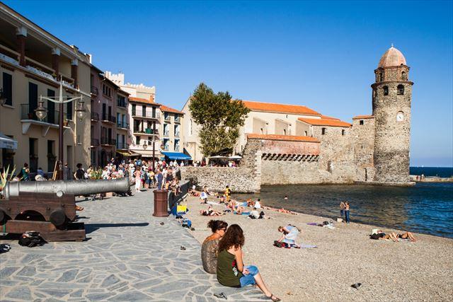 ピカソも愛した南仏の色鮮やかな港町コリウールの旅