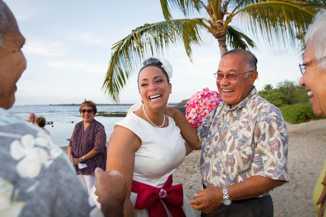 再び愛を誓い合う!ハワイ伝統セレモニー「バウ・リニューアル」で絆を深める旅