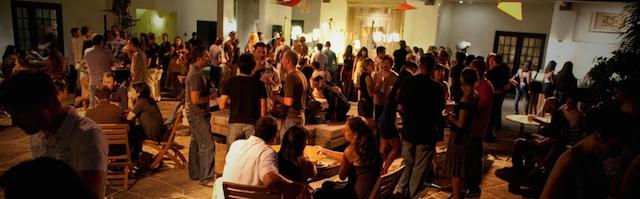 夜の美術館に潜入!月に一度ホノルル美術館で開催「アート・アフター・ダーク」