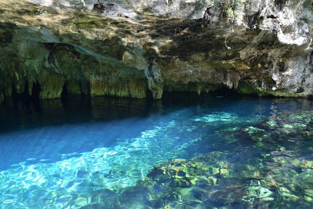 神々が住む、神秘の地底湖「グランセノーテ」