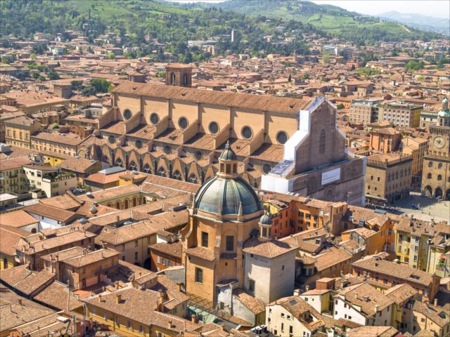 もう一度学生に戻れるならここで勉強したい。歴史を感じるイタリアの大学都市