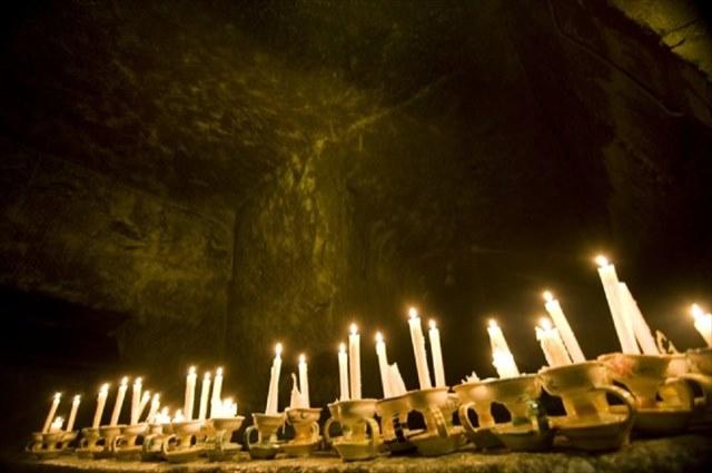 ナポリの地下には巨大な迷路がある!?