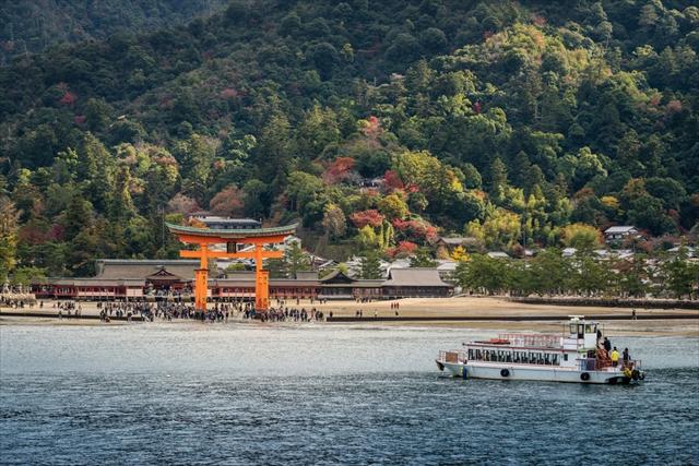 【広島】知れば知るほど奥深い、宮島めぐりの旅