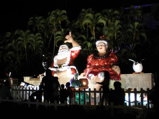 ハワイで祝うクリスマスってどんな感じ?ホノルル市内のユニークな光景