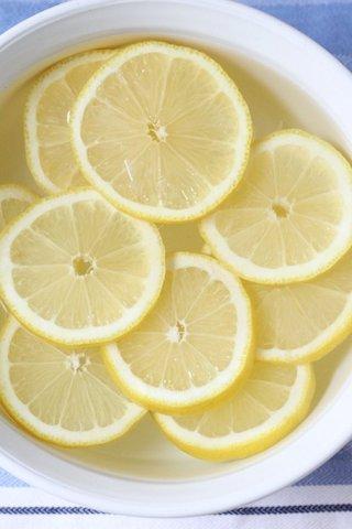 年末のピカピカ大作戦!「あの食材」を使ってできる、レンジの簡単お掃除方法