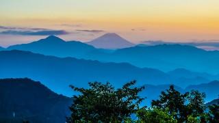 真冬にこそ登りたいミシュラン三つ星の高尾山