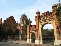 ウクライナの小さな町にある、美しき世界遺産「チェルニウツィ大学」