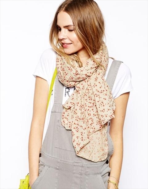 春に向けてスカーフをマスターしたい
