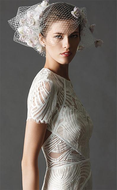 大人にこそ似合う、NYのウェディングドレス