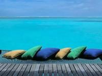 世界一贅沢なうたた寝ができる、モルディブの水上ヴィラ
