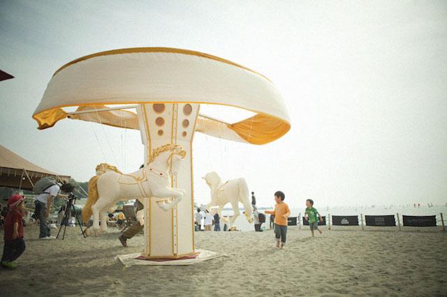 波音と映画と空間を堪能する!GWは「逗子海岸映画祭」に行こう