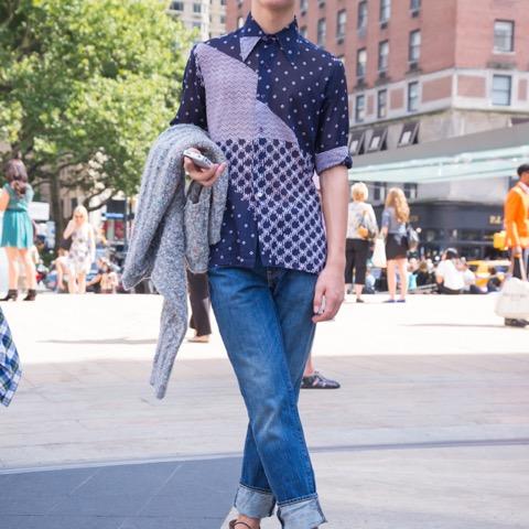ニューヨーカーに学ぶ、初夏のシャツスタイル