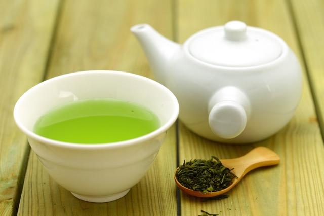 実は栄養がいっぱい!「茶殻」の活用レシピ