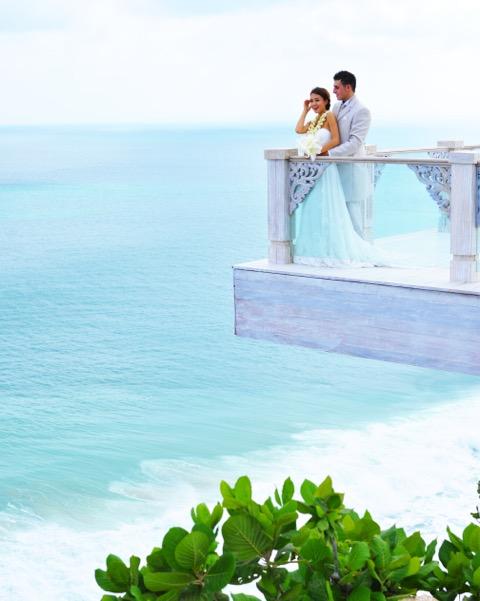 今流行りの「お手軽婚」も!憧れのリゾートウェディングが叶う場所