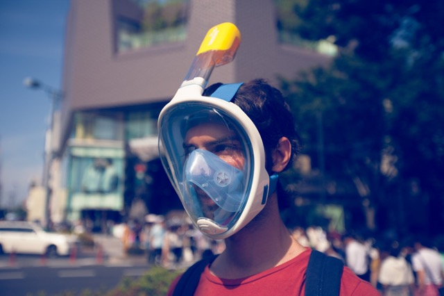 この夏の決定版!鼻からでも口からでも呼吸ができるシュノーケルマスク