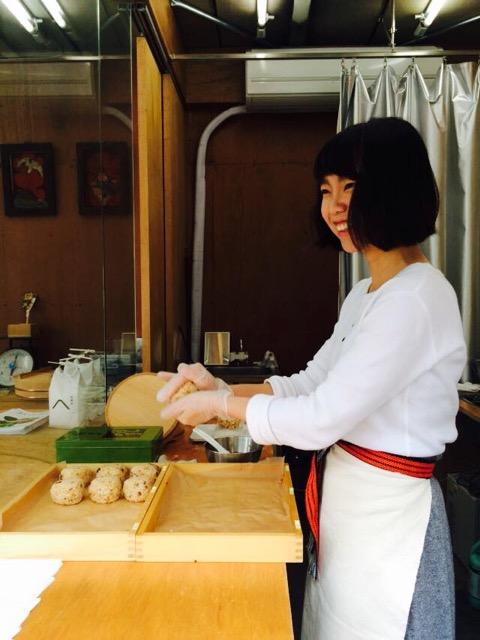 訪日外国人も注目しているおむすび専門店「お米や」