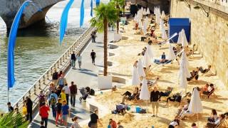 パリにビーチが出現!? 夏季限定の「パリ・プラージュ」