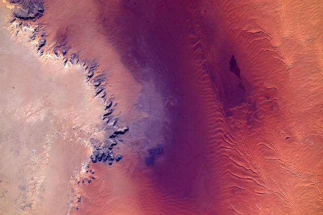 NASAの宇宙飛行士の撮った地球の写真が美しすぎる
