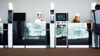 これが未来のホテル!?ロボットが働く「変なホテル」