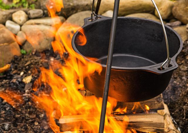 この夏すぐに使えるダッチオーブンレシピ!リメイクも!