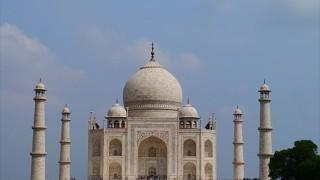 【インド】世界一の愛の結晶!青空に映える真っ白なタージマハルは必見