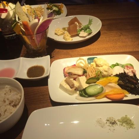 【銀座】美味しいお野菜が食べ放題!健康的な激安ランチは「農家の台所」へ