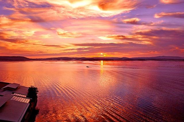 秋に訪れたい、夏の疲れを癒す北陸のとっておき温泉郷3選