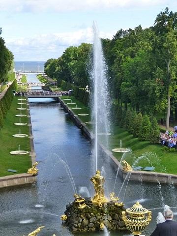 【ロシア】20の宮殿!?世界遺産「ペテルゴフ」が絵のように美しい