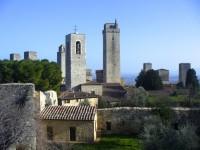 中世の摩天楼の町「サン・ジミニャーノ」