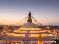 満月の夜に訪れて!ネパール最大の仏塔の夜景が美しい