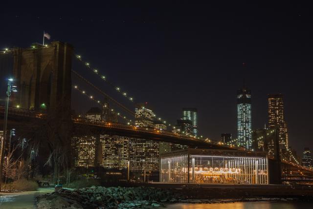 【NYブルックリン】夢を乗せて回るアンティークのメリーゴーラウンド