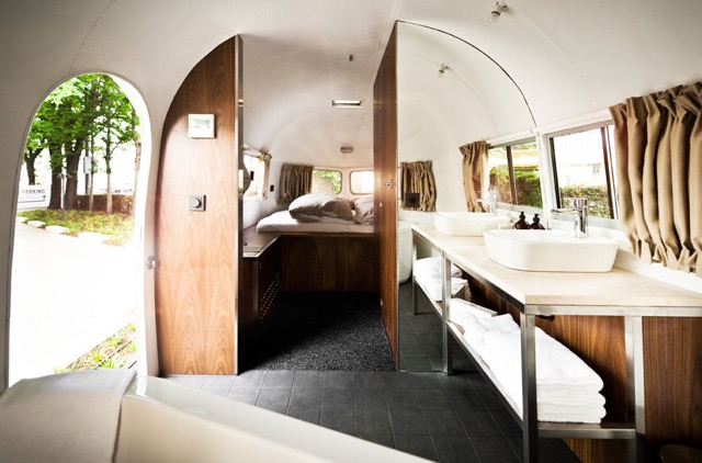 いつもと少し違った旅を。世界で泊まれるキャンピングカーのホテル