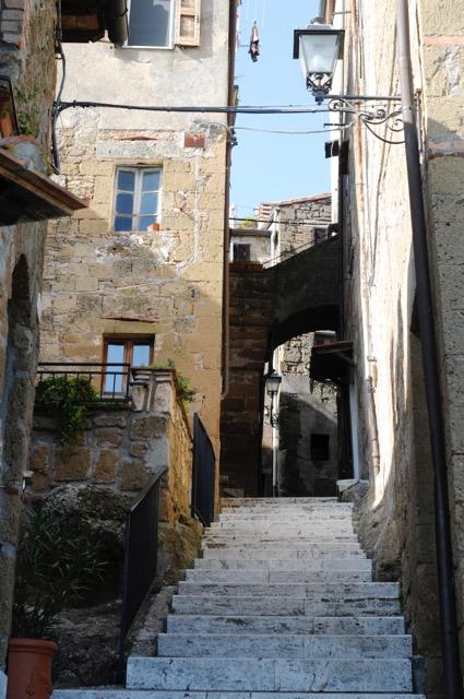 イタリアの最も美しい村のリストに載る、秘境の美しき村「ピティリアーノ」